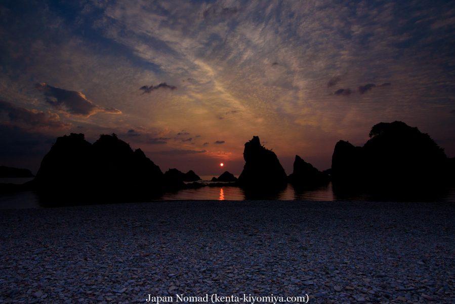 【旅45日目】朝日に染まる浄土ヶ浜