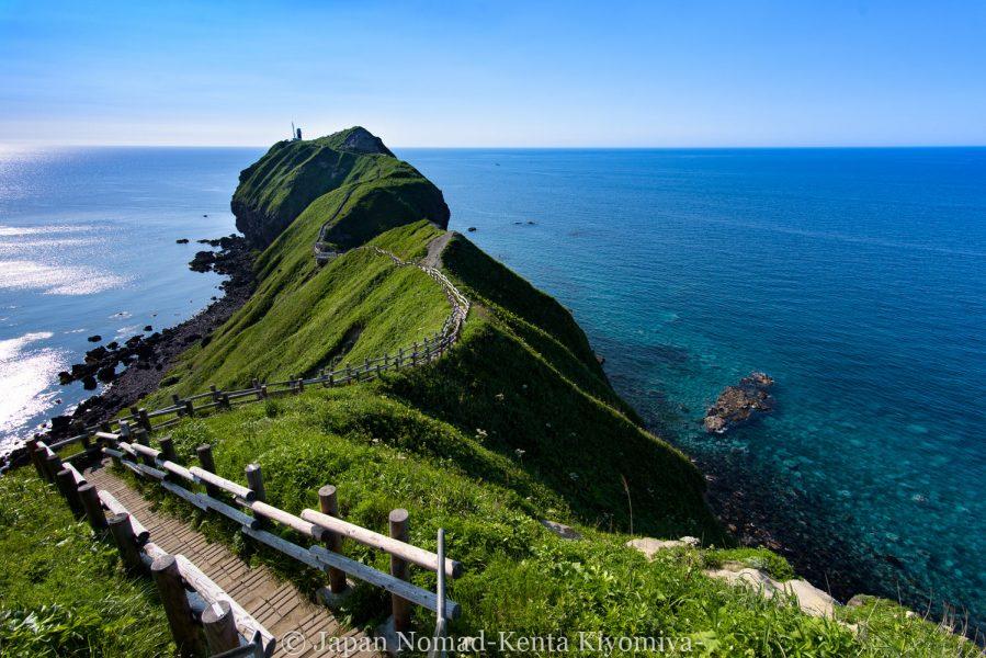 【旅62日目】100kmを駆け抜け、積丹ブルーの「神威岬」へ!