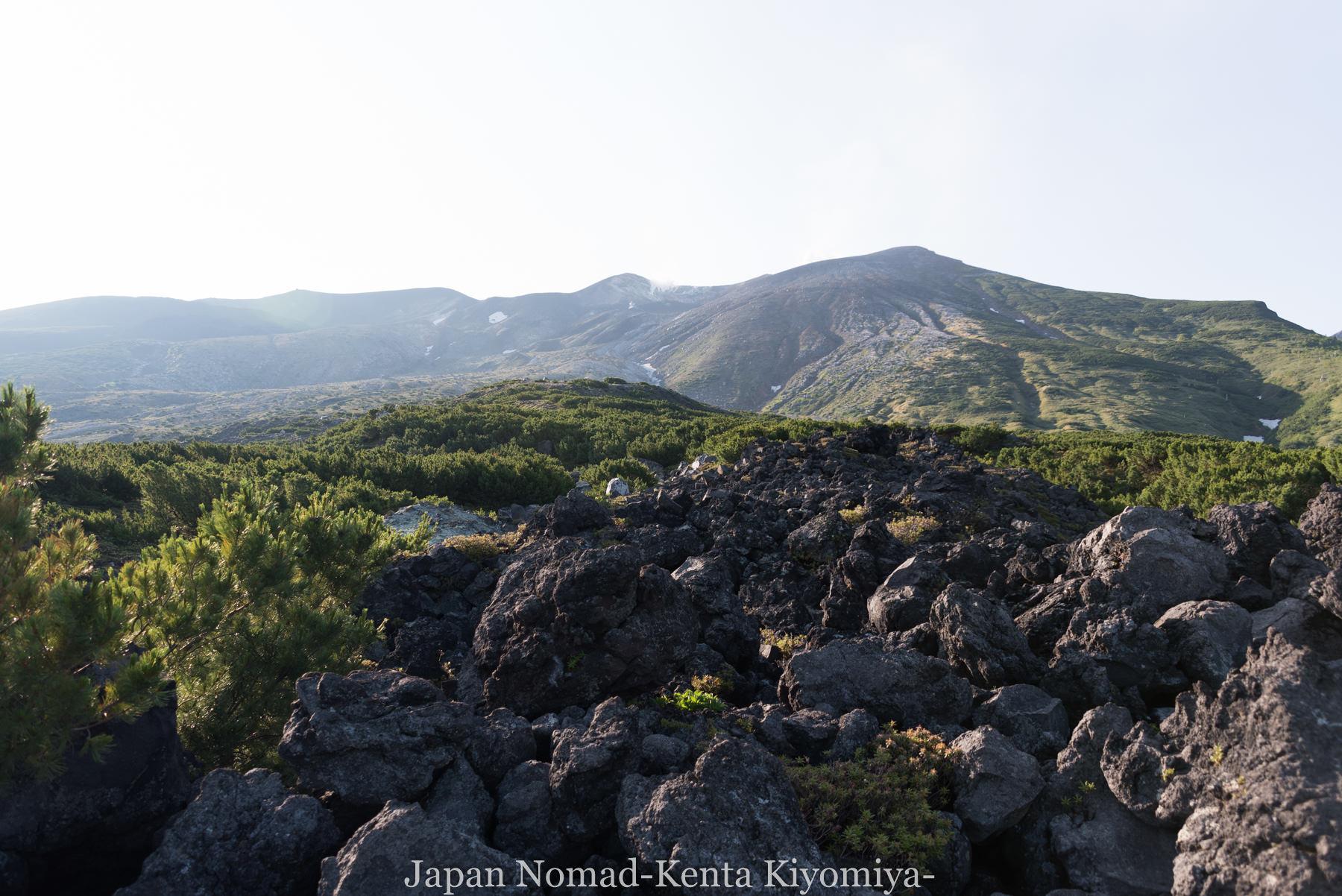 自転車日本一周(十勝岳)-Japan Nomad (11)