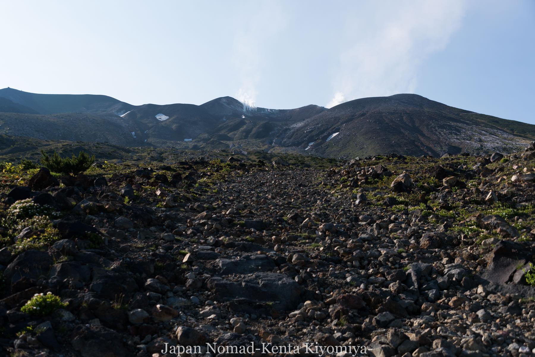 自転車日本一周(十勝岳)-Japan Nomad (13)