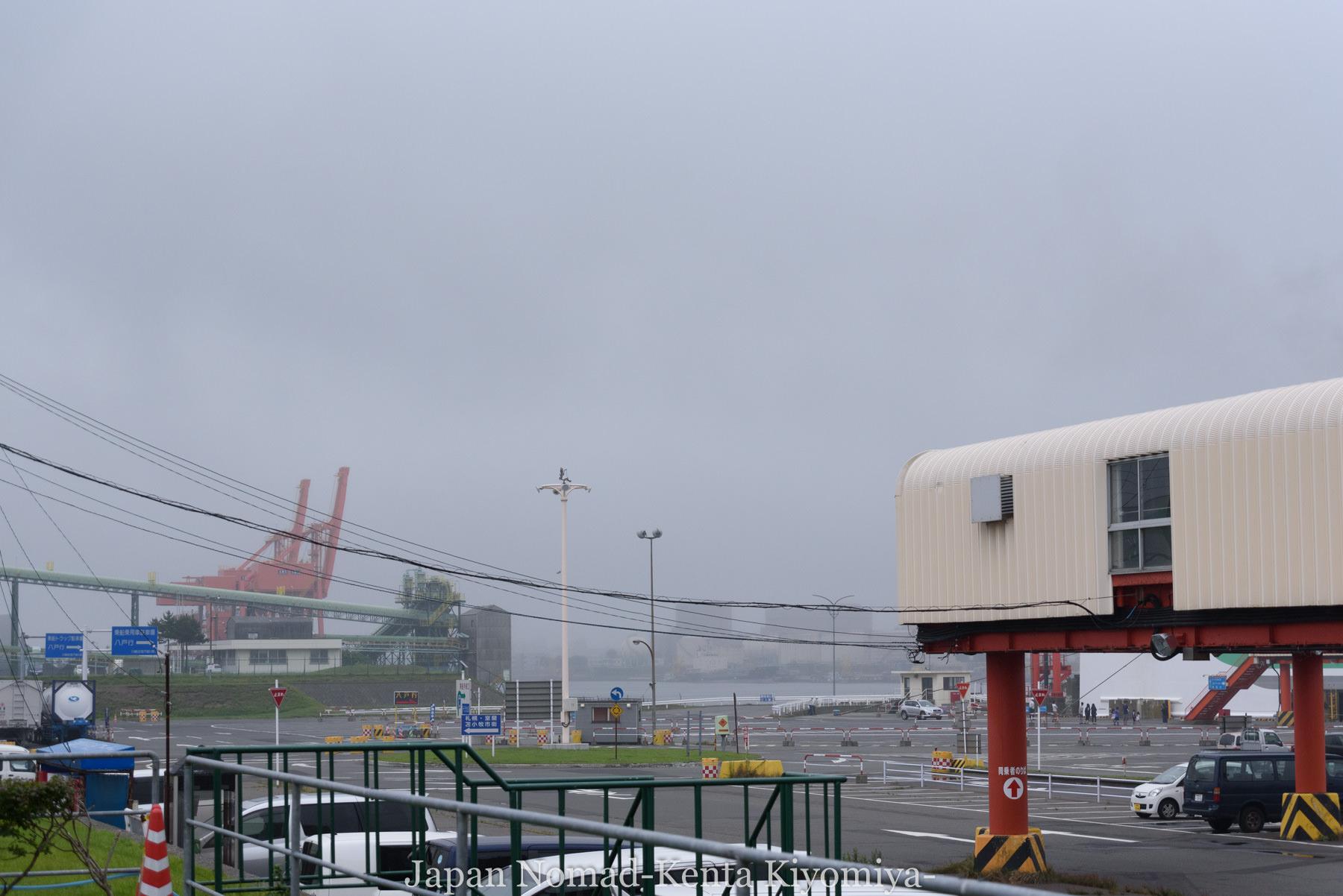自転車日本一周111日目(苫小牧フェリーターミナル停滞)-Japan Nomad (2)