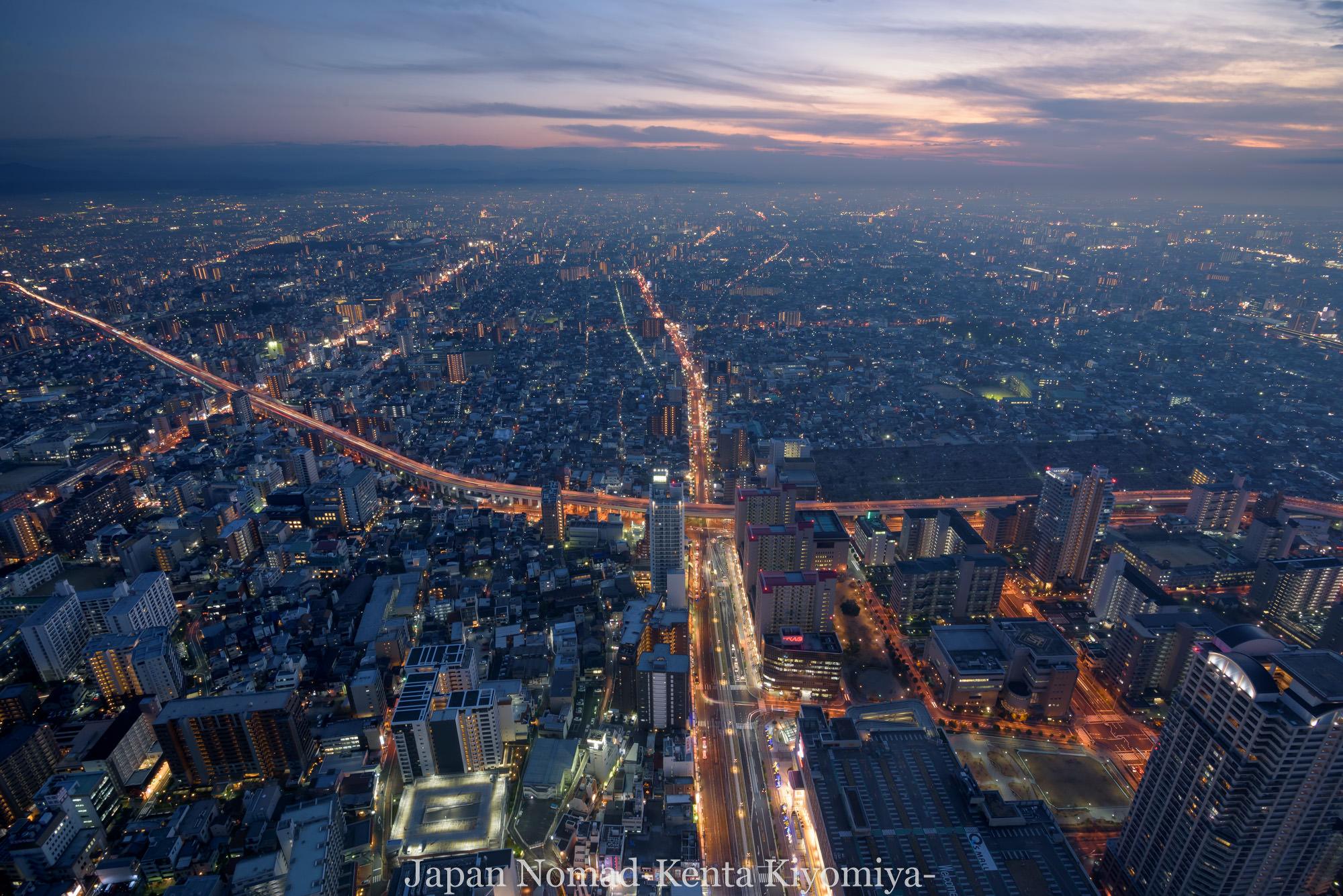 大阪の夜景 from 『梅田スカイビル』と『あべのハルカス』