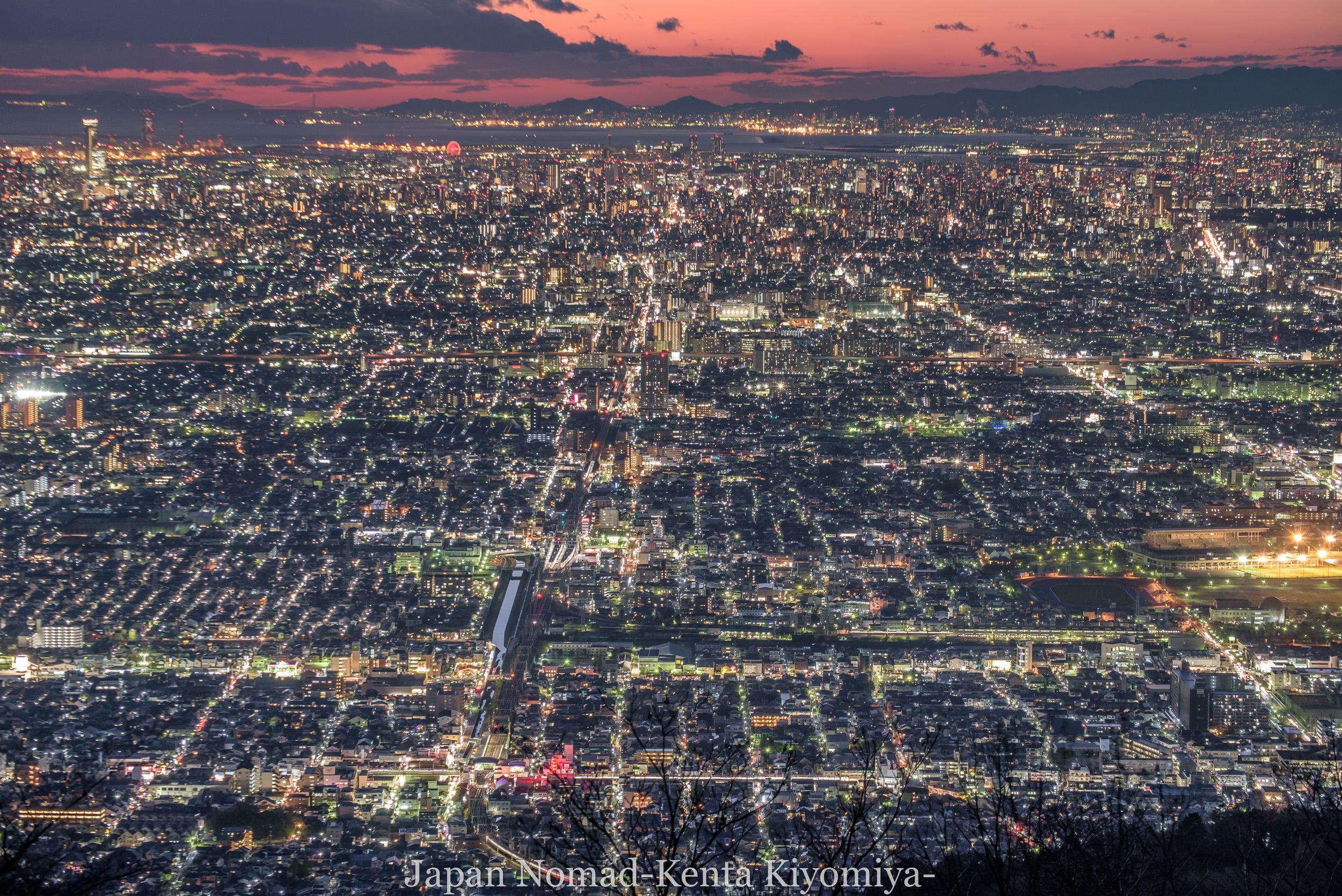 【旅163日目】日本一の夜景はここかも!「ぼくらの広場」から見る大阪の夜景