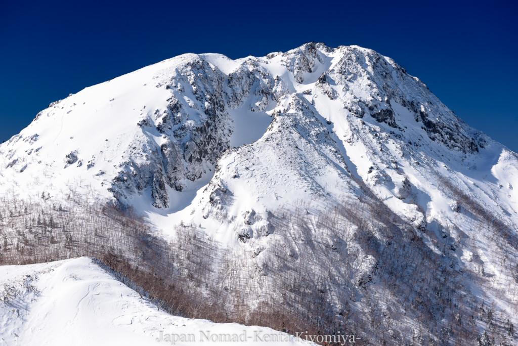 【日光】奥白根山(日光白根山) 雪山登山(後編)~魂の震える絶景へ~