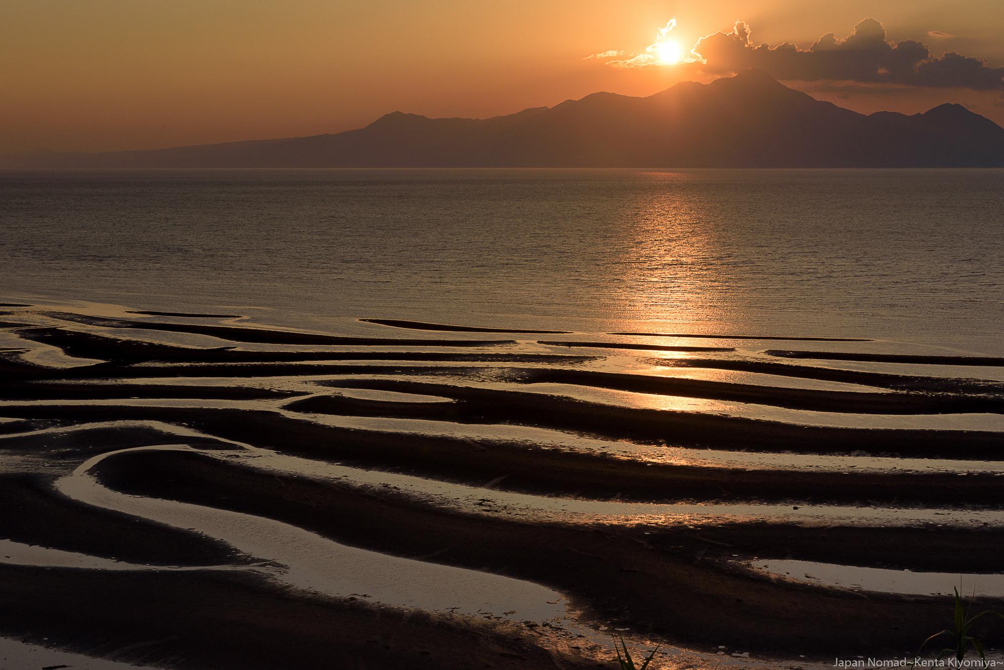 【旅229日目】夕日とブルーアワーの御輿来海岸(おこしきかいがん)